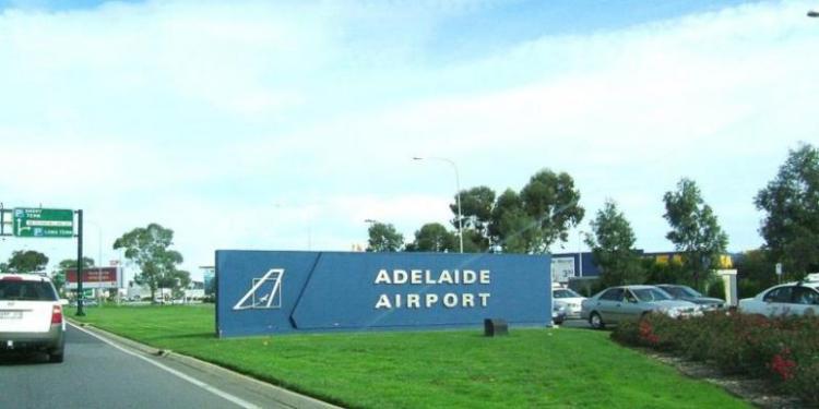 Bandara Internasional Adelaide, Australia